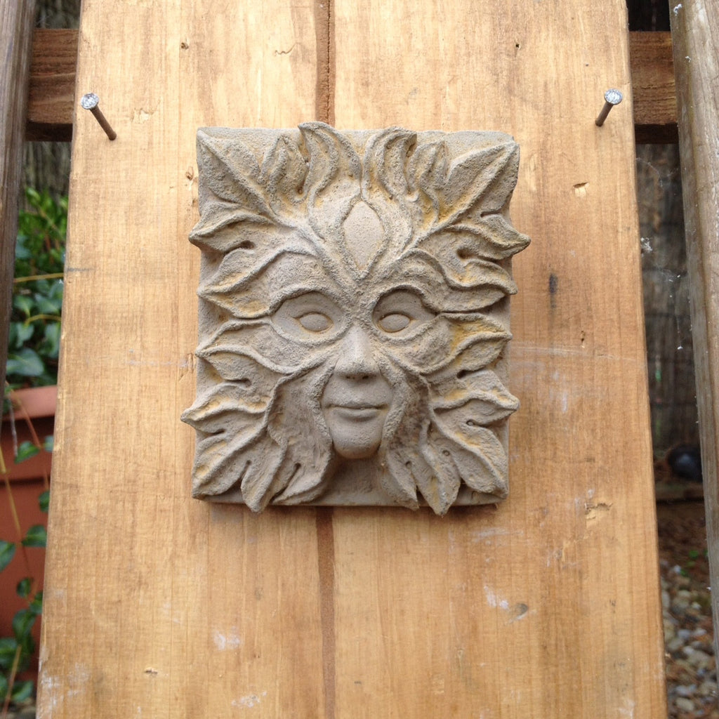 Genial Garden Art Small Green Man/Lady Corbels Gargoyle Grotesque Wall Plaque.