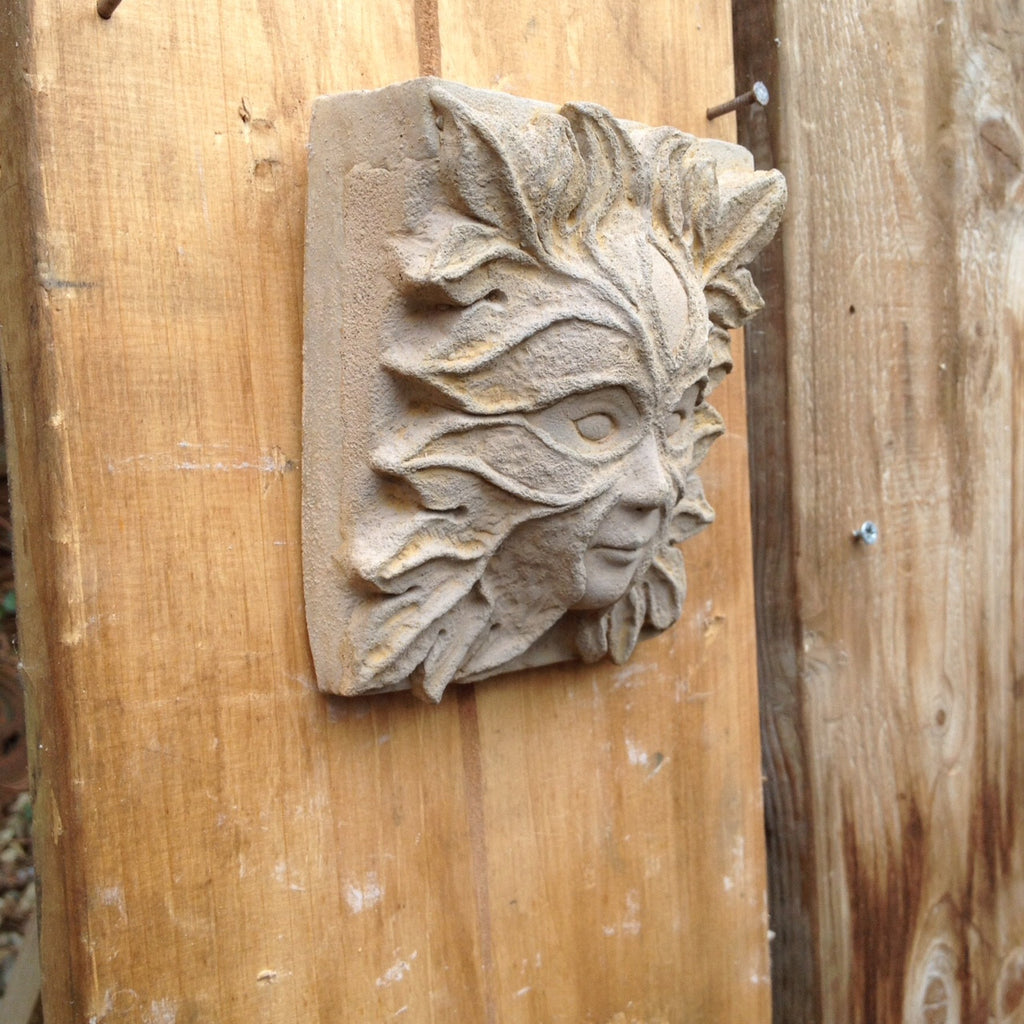 Garden Art Small Green Man/Lady Corbels Gargoyle Grotesque Wall Plaque.