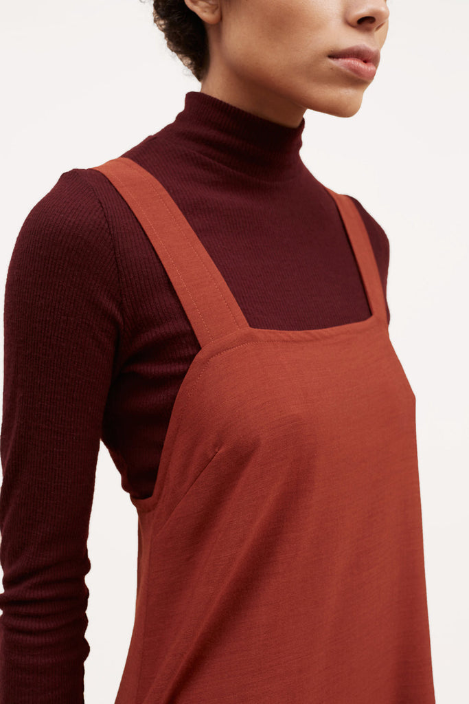 Fine Ribbed Wool Turtleneck – Oxblood