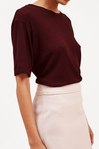 Fine-Ribbed Wool T-Shirt – Oxblood