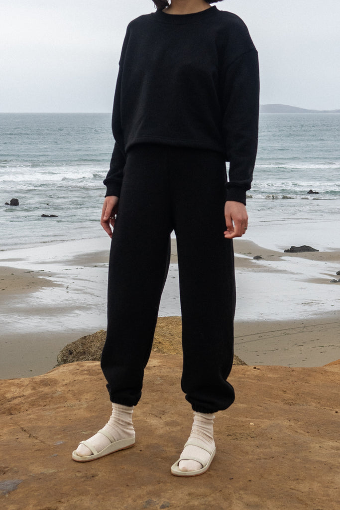 Easy Sweatpants in Black
