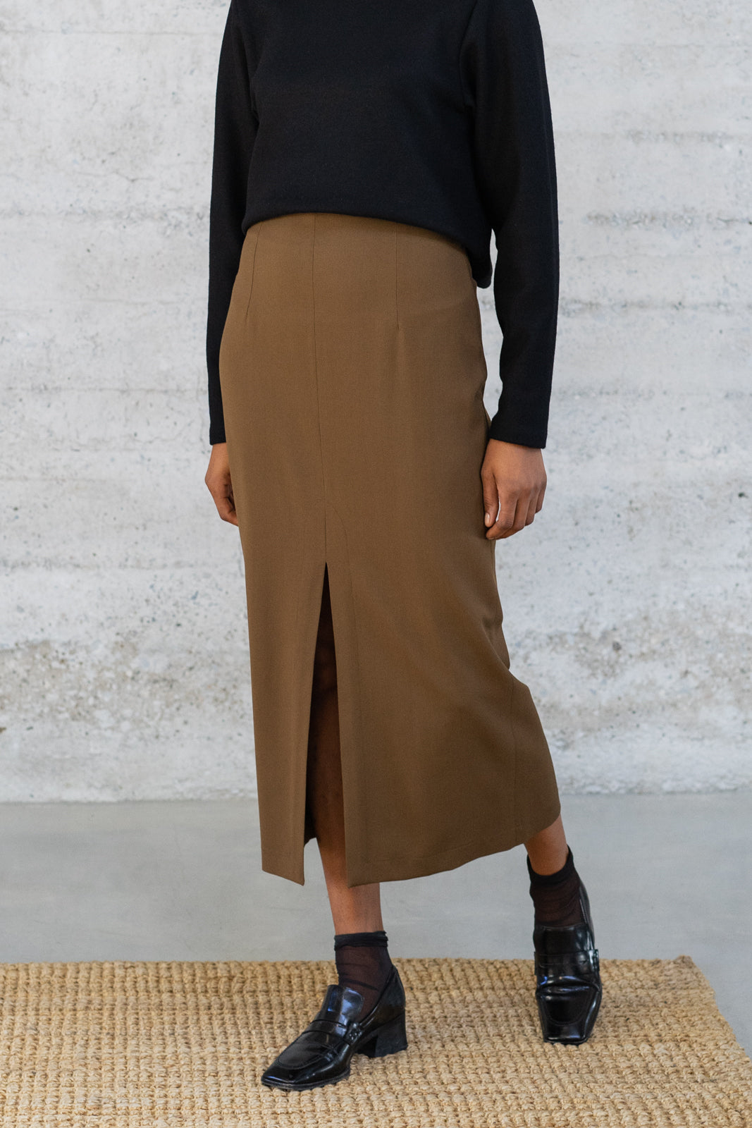High-Waisted Long Skirt in Bronze Wool/Viscose Twill