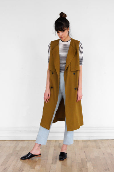 Sleeveless Trench in Golden Olive