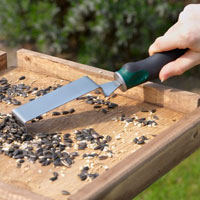 bird-table-scraper