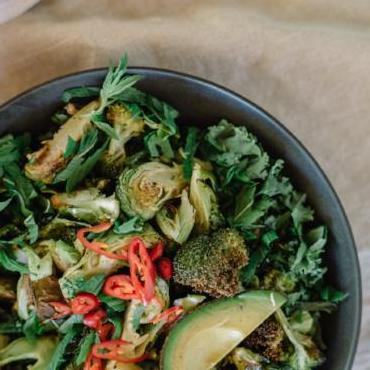 #35 Superfood Kale & Broccoli Salad