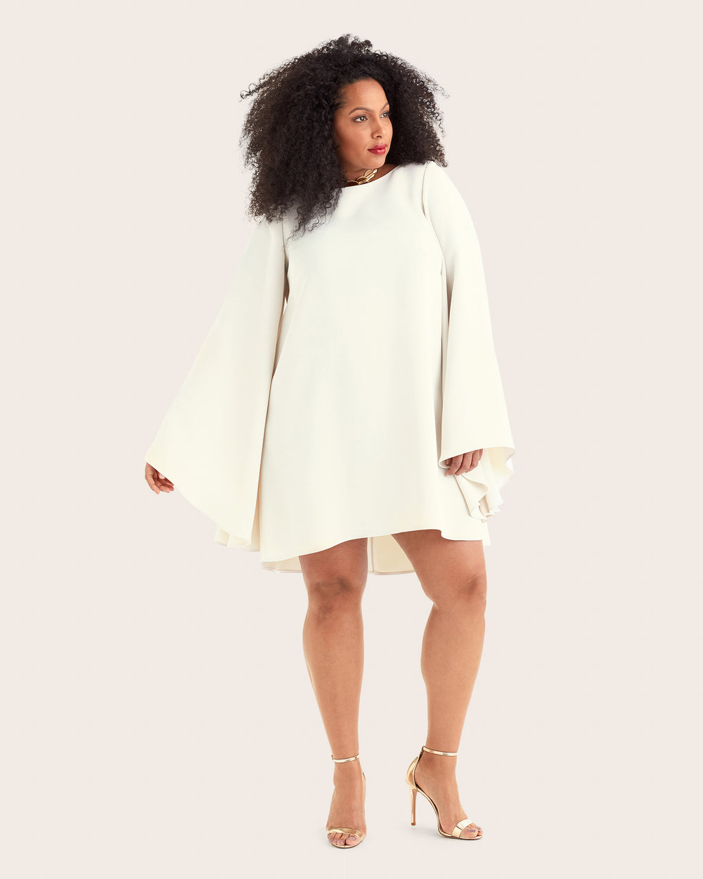 Eve - Short dress with bell sleeves