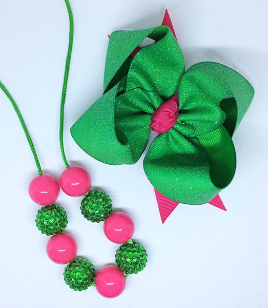 Green and pink, hair bow and necklace