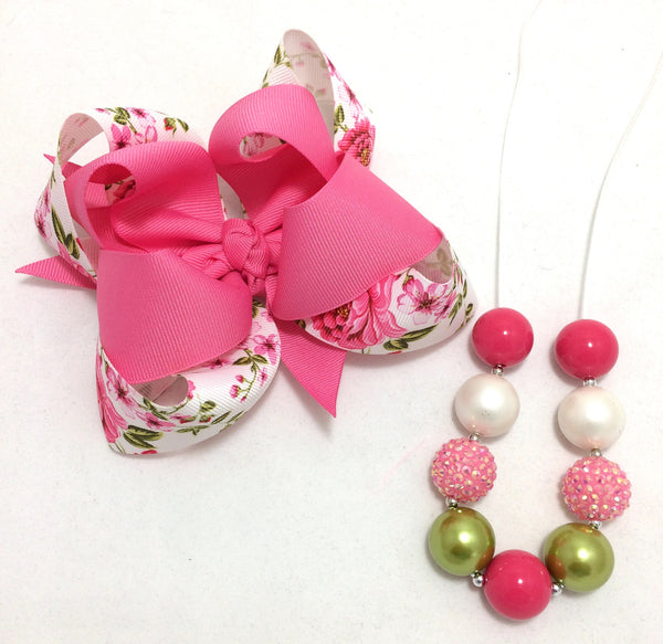 Floral bow and necklace set
