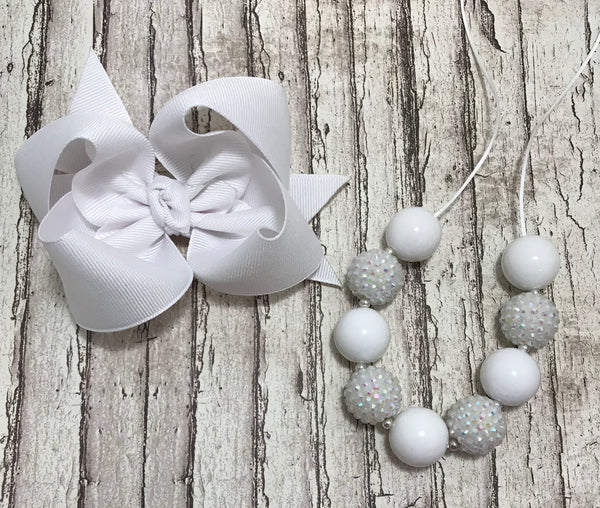 White bow & necklace set