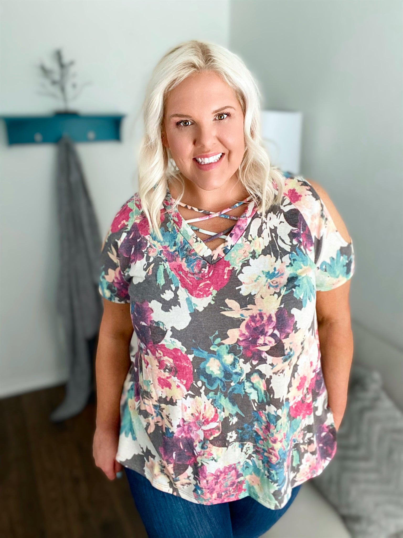 Deim Floral Cold Shoulder Top