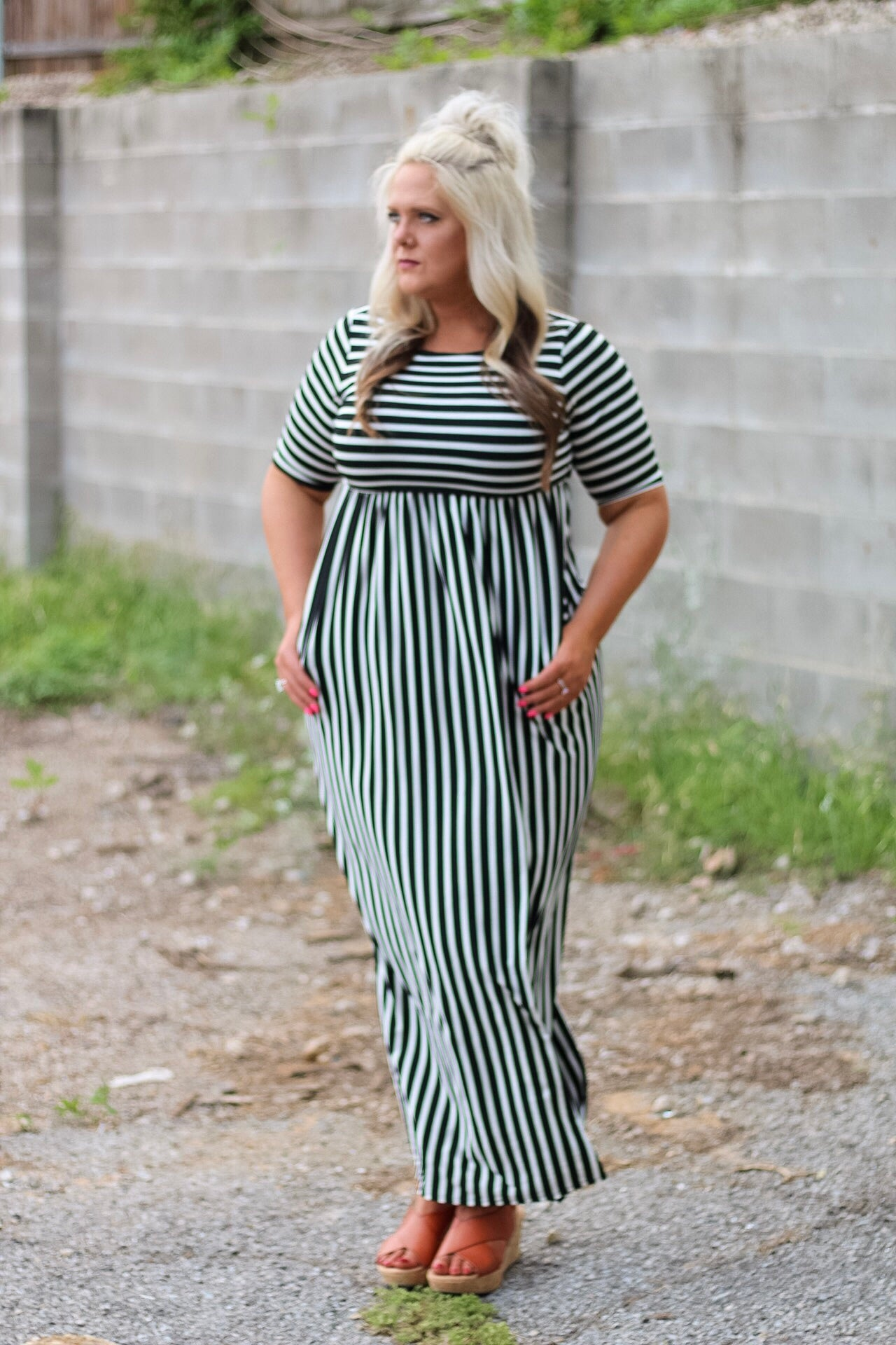 Jana Black and White Maxi