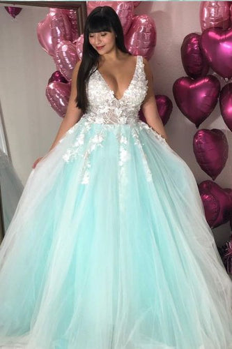 8th Grade Formal Dresses | Fashionable Prom Dresses | Dolly ...
