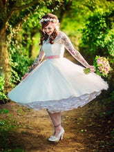 Country Style Scoop Neck Retro Wedding Dress Tea Length,50s Style Wedding Dress,20110630-Dolly Gown