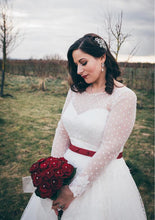 Affordable Retro Style 50s Polka Dots Tea Length Wedding Gown with Long Lace Appliques Cuff Sleeves, 20082801