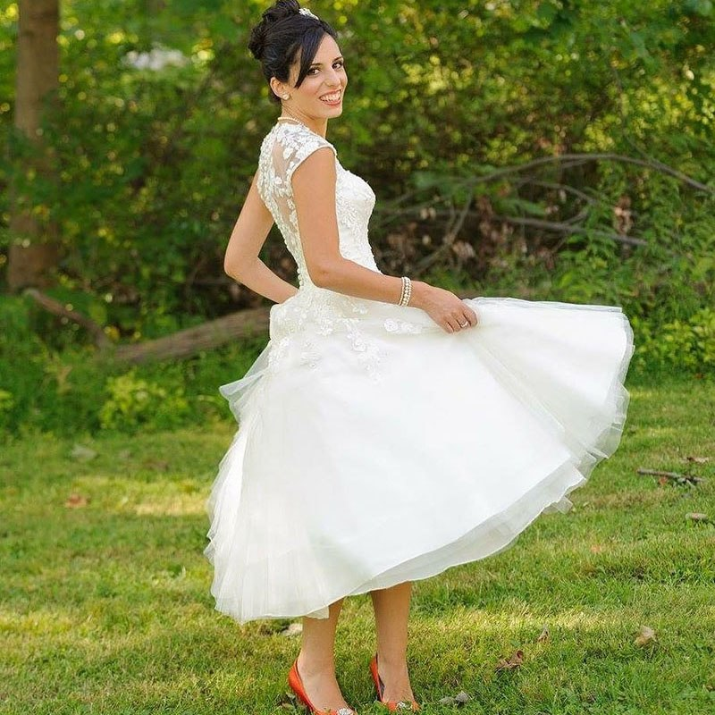 Rustic Vintage Inspired 50s Lace Tulle Tea Length Wedding