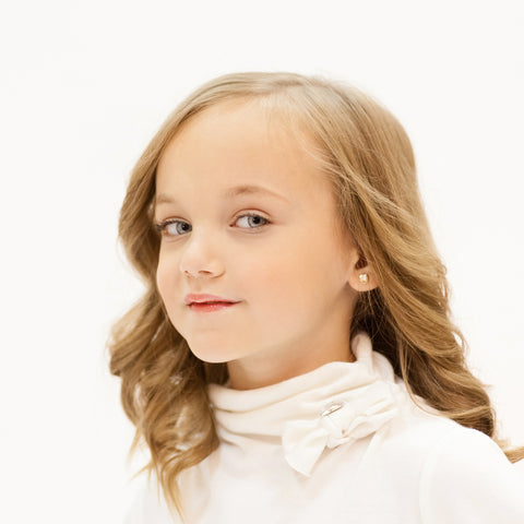 little girl with flowing tresses hairstyle