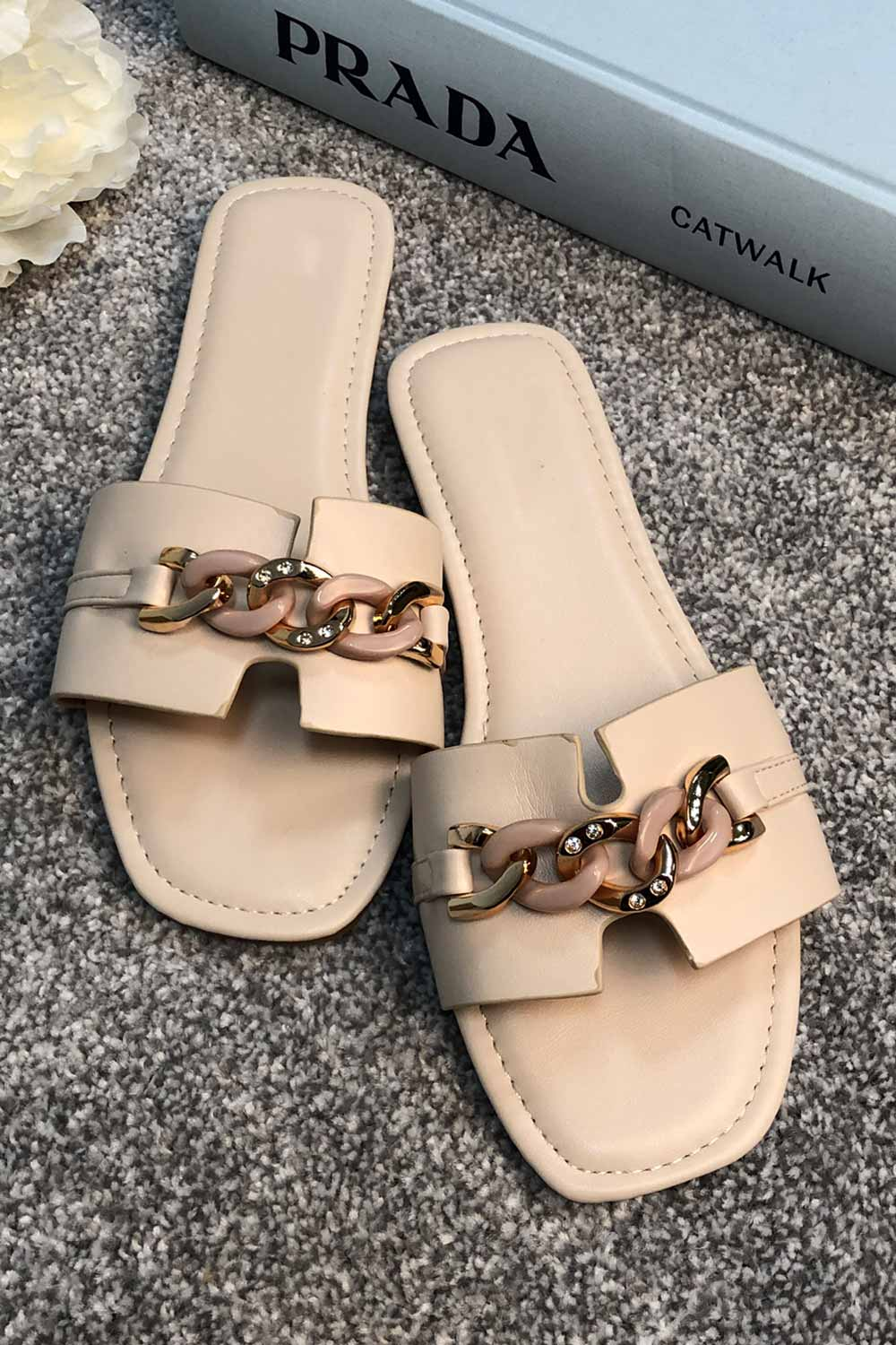 womens flat sliders with gold chain