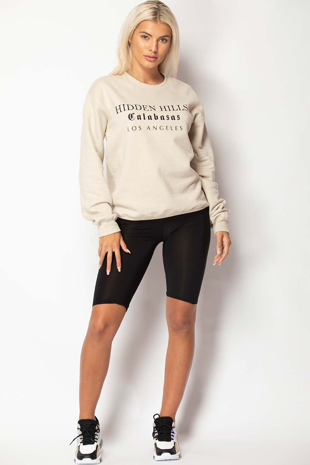 oversized sweatshirt sand