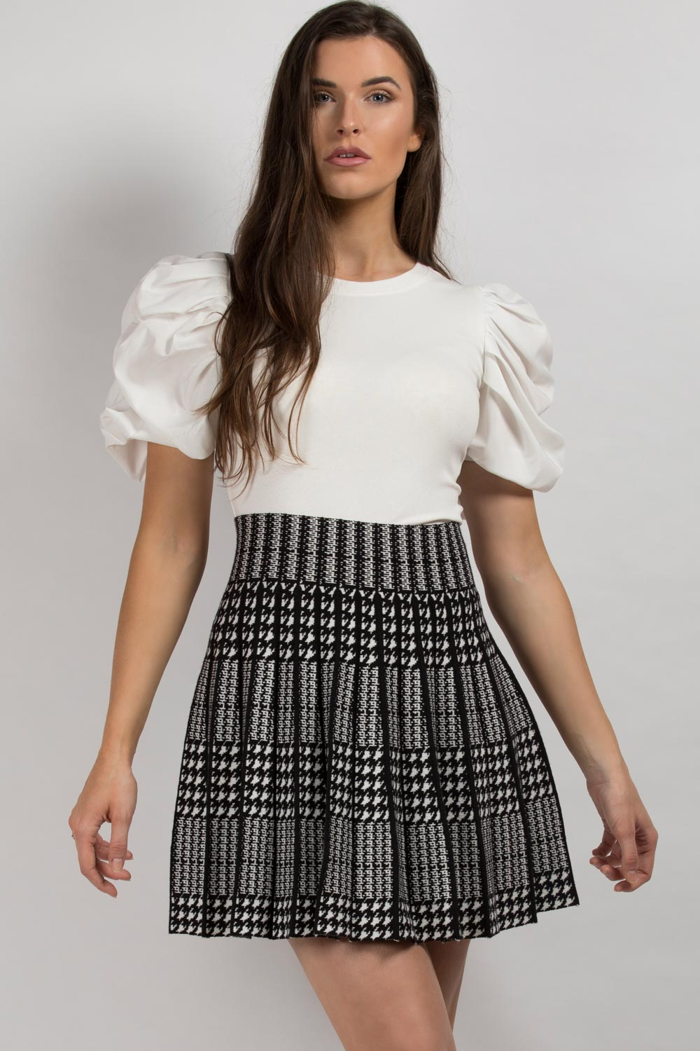 skater skirt dogtooth