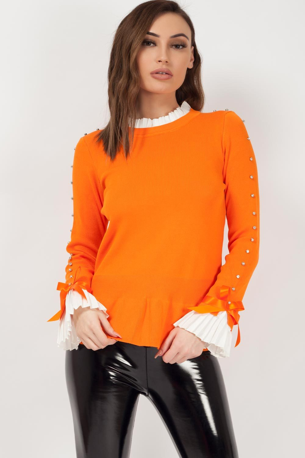 jumper with bow detail