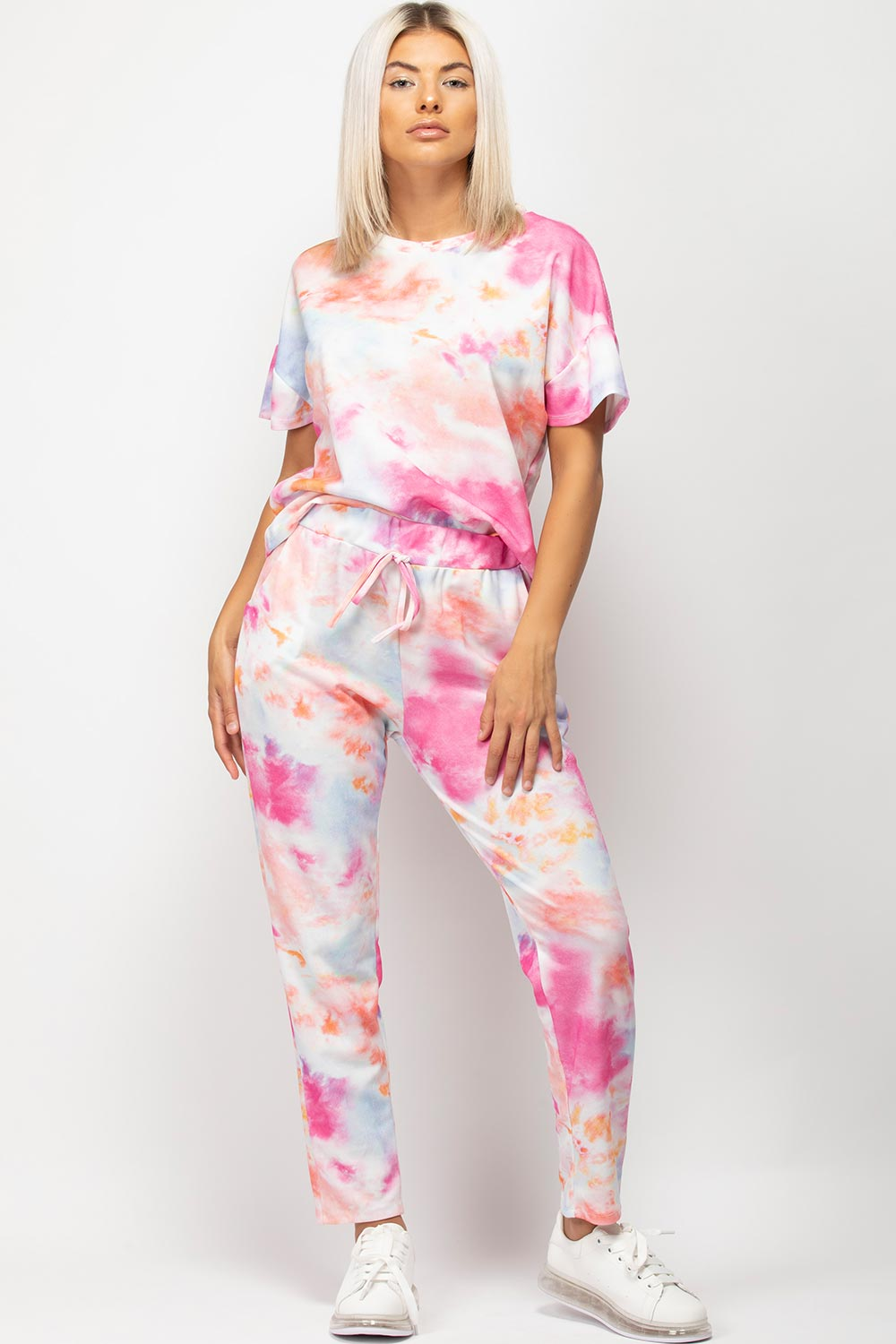 womens tie dye joggers and top loungewear set