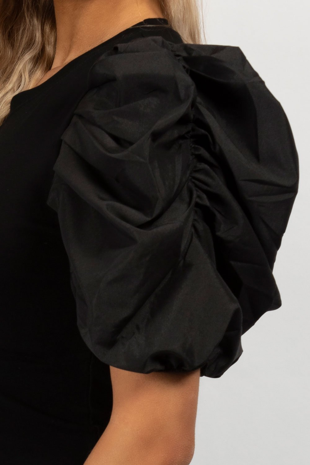 satin puff sleeve top black