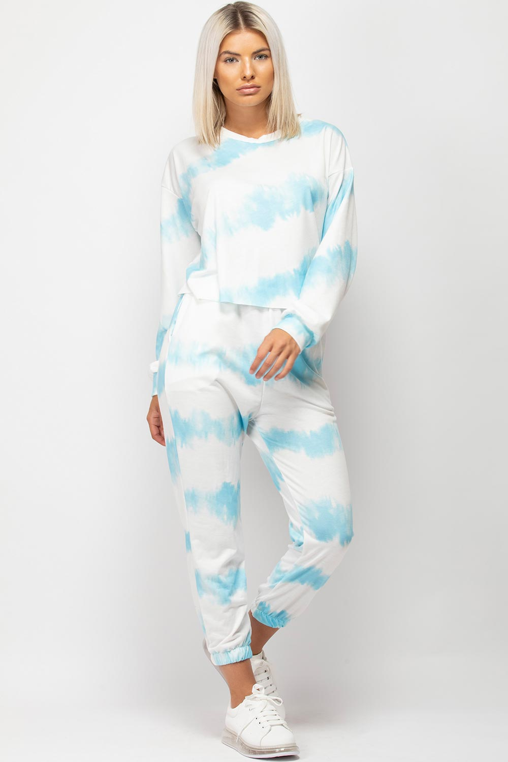 oversized tie dye lounge set