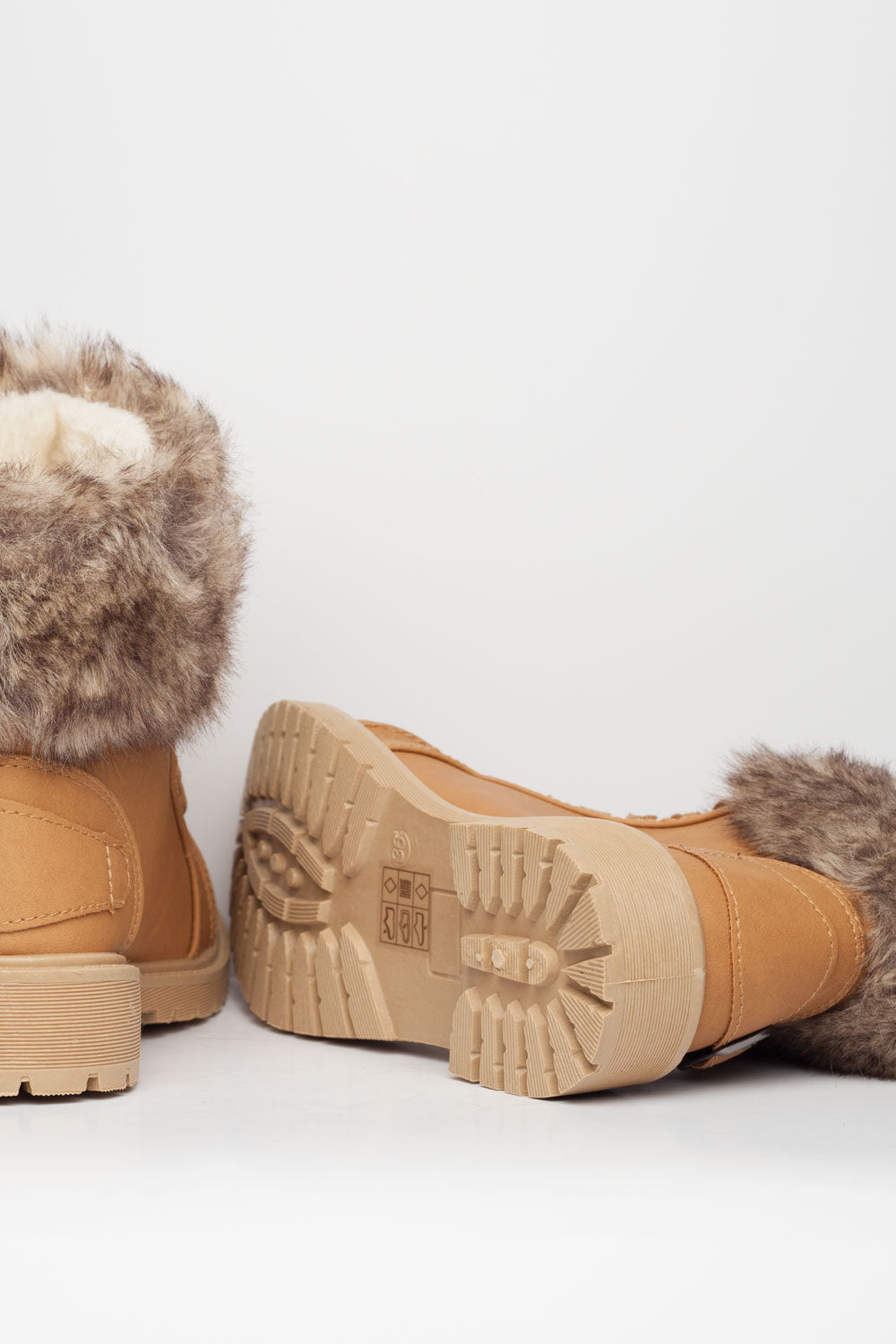 womens fur lined ankle boots