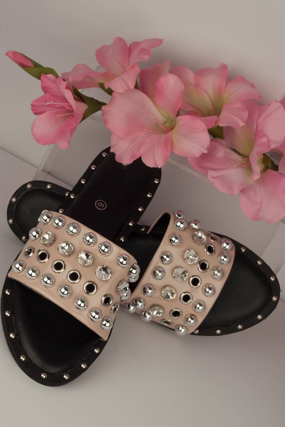 womens slider shoes