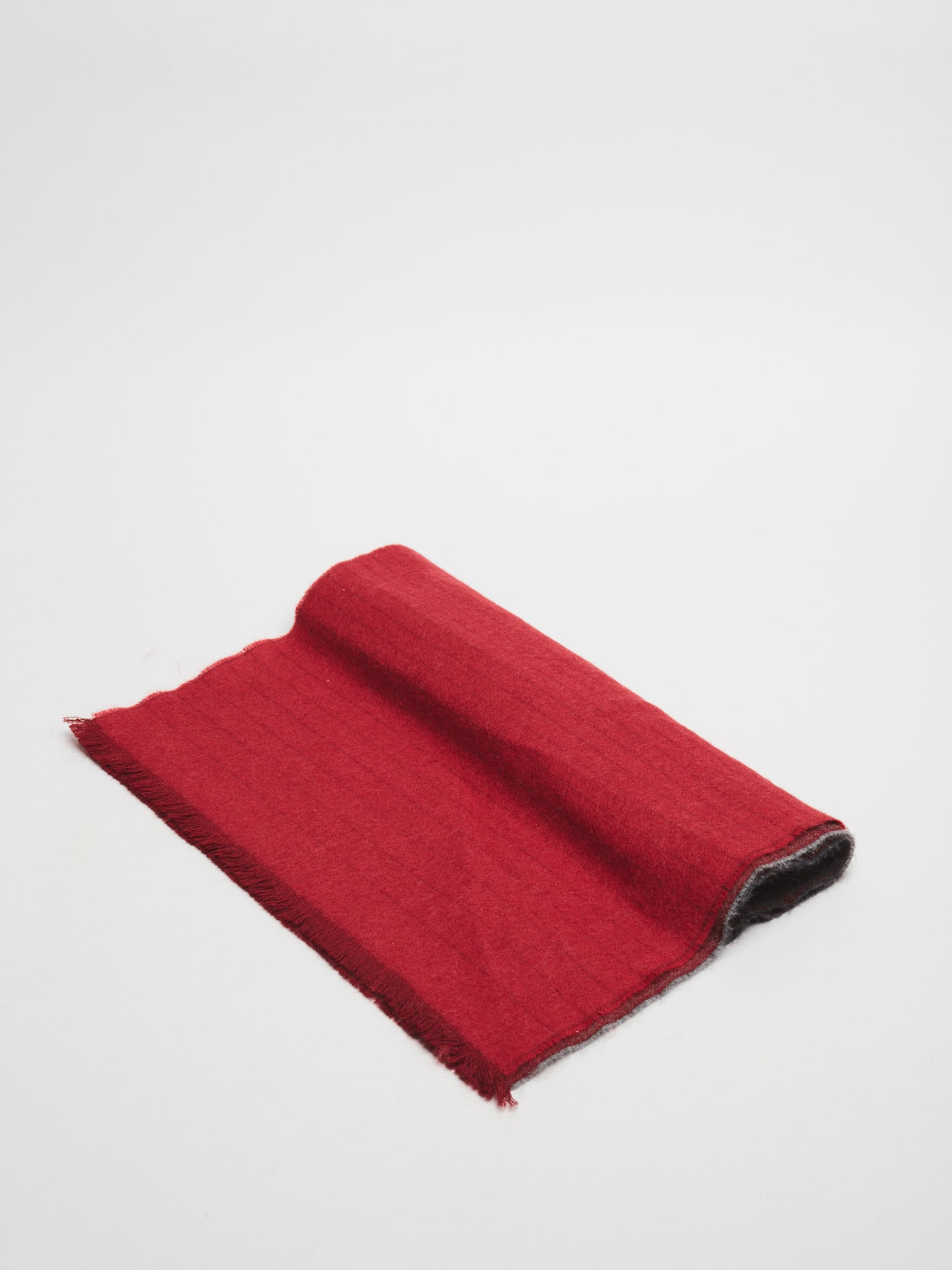 Johnstons of Elgin Scarf (Red/Grey)