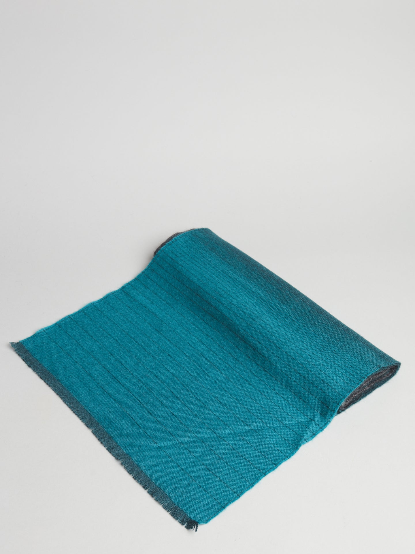 Johnstons of Elgin Scarf (Teal/Grey) - Union 22