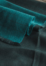 Johnstons of Elgin Scarf (Teal/Grey)