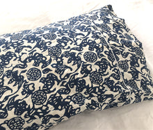 Nankeen Standard Pillowcase Pair with Piping