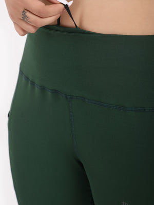 Green Pace Leggings