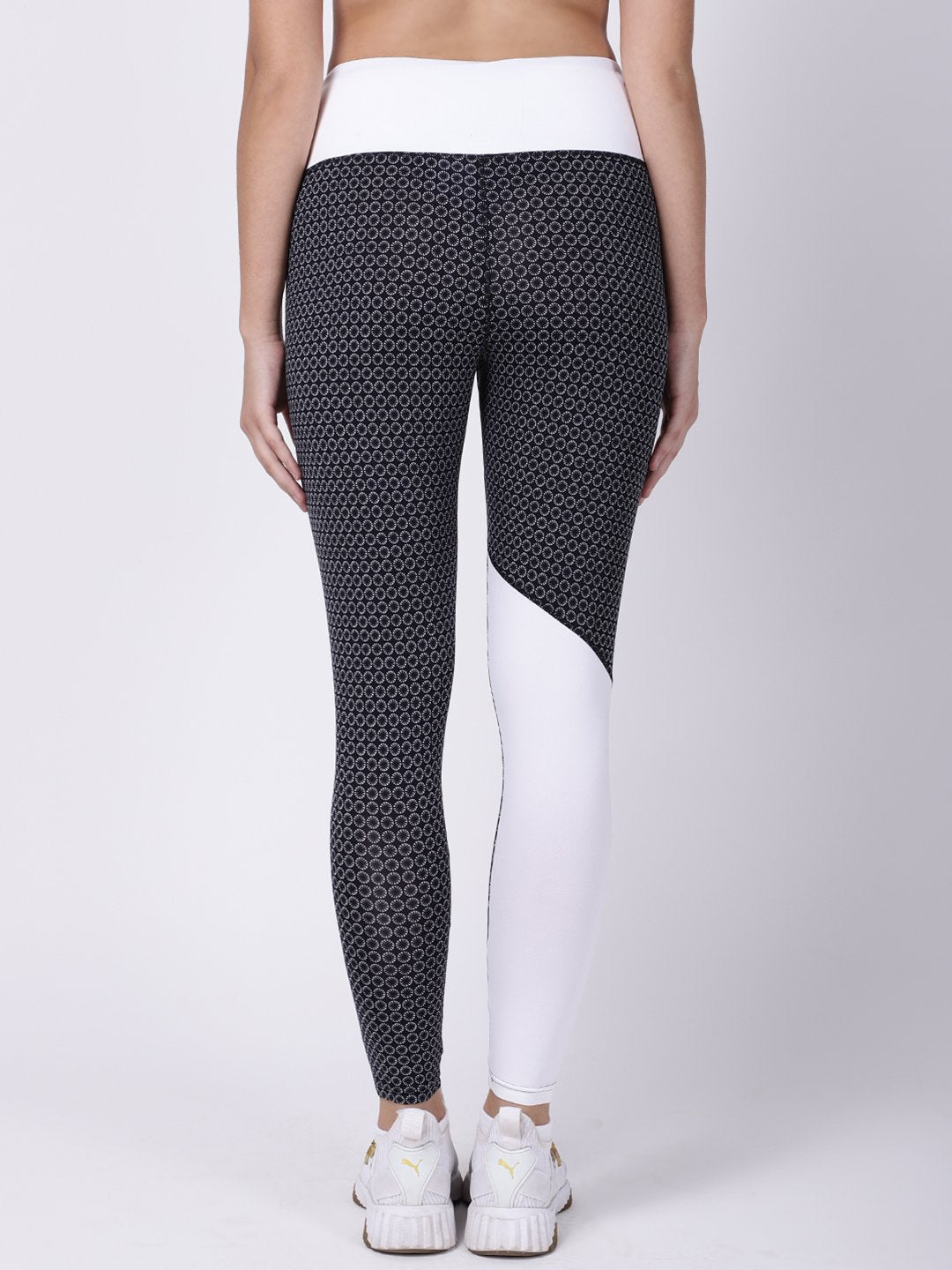 Black White Printed Roadrunner Leggings