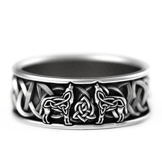 Irish Ring - 10mm Irish Celtic Knot Wolf Silver Unisex Wedding Ring Bands For Her or Him