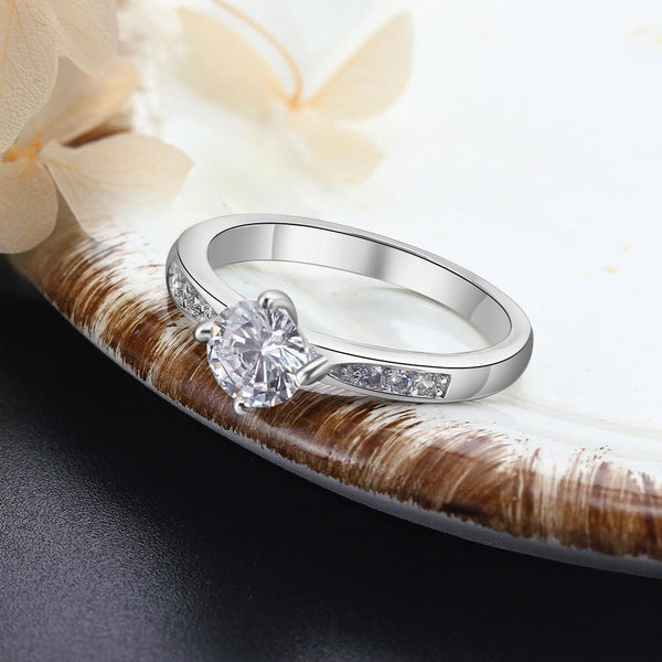 Personalized promise rings for her