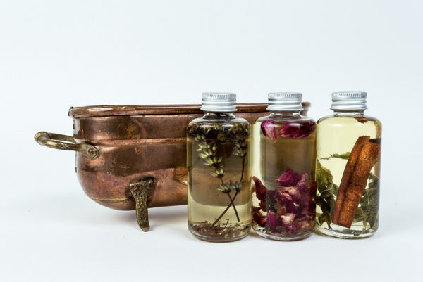 Bath oil set