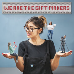we are the gift makers of personalised gifts UK. The Little Picture Company