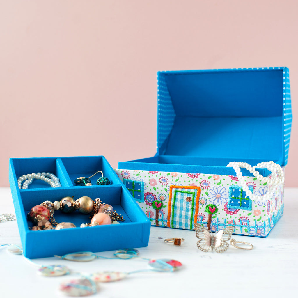 dolls house jewellery box