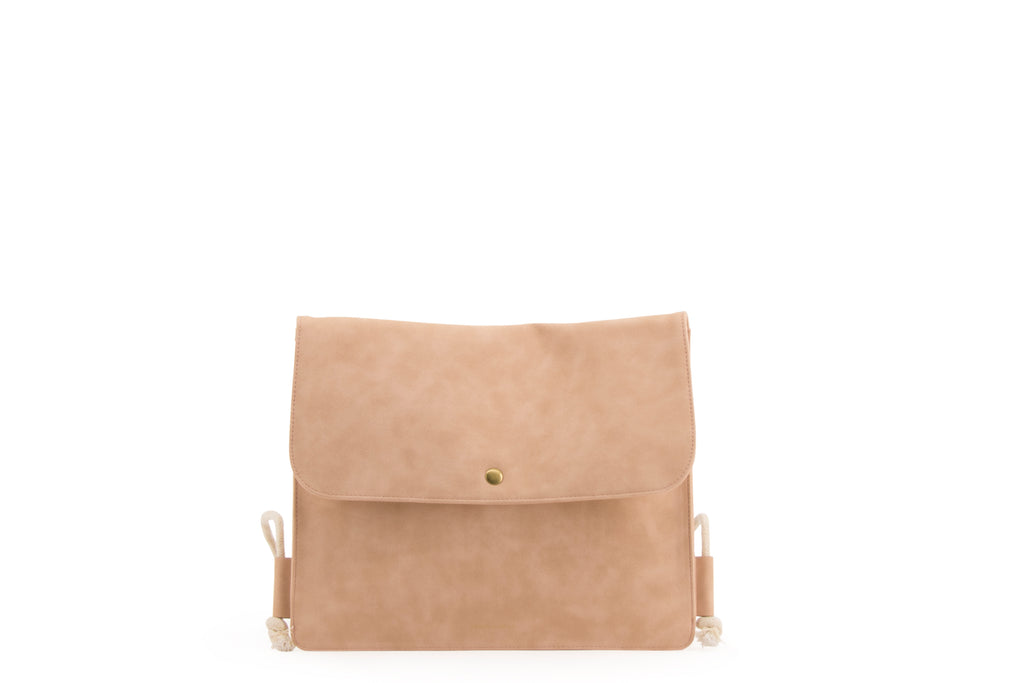 Envelope String Backpack | Nude