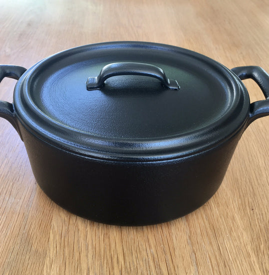 Small Ceramic Oval Cocotte With Lid - Black