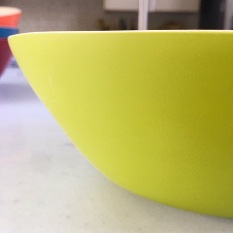 Bamboo Bowl - Mangue Kiwi Green Lacquer