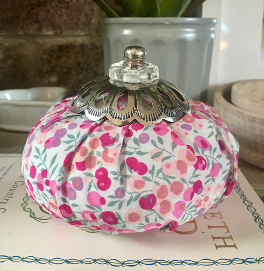 Perfumed Liberty Purse - Mille Fleurs (Thousand Flowers)