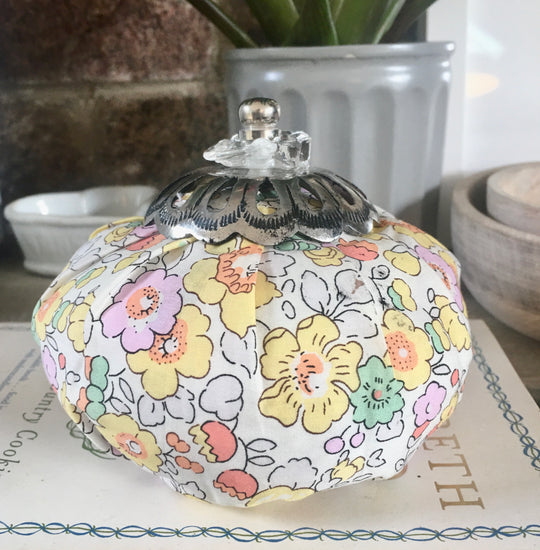 Perfumed Liberty Purse - Freesia