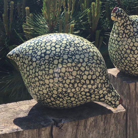 Ceramic Quail - Dark and Light Green, Pecking