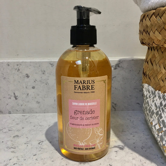 Coconut Oil Liquid Marseille Soap - Grenade et Fleur de Cerisier (Pomegranate and Cherry Blossom) Fragrance