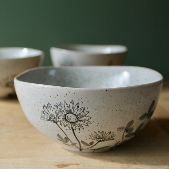 Sunflower Side Bowl - Speckled Stone with Flowers
