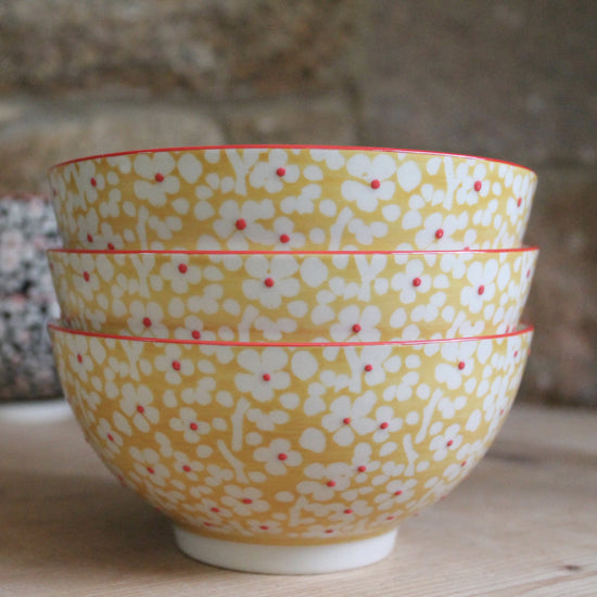 Hand Painted Dessert Bowl - Flowers with Yellow or Blue