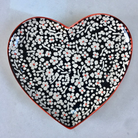 Hand Painted Heart Plate - Flowers with Yellow or Blue